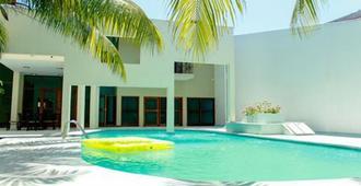 Amazonas Green Hostel - Iquitos - Pool