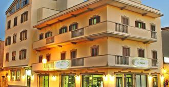 Hotel Elisa - Porto Torres - Edificio