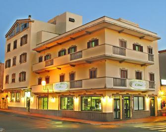Hotel Elisa - Porto Torres - Building