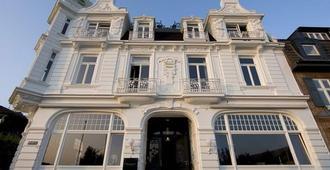 Strandhotel Blankenese - Hamburgo - Edificio