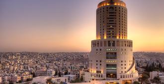 فنادق ومنتجعات لو رويال - عمان - عمّان - مبنى