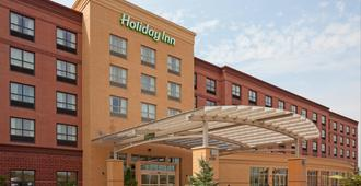 Holiday Inn Madison at The American Center - Madison