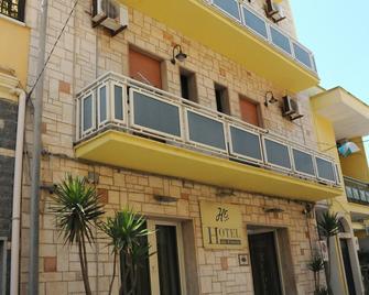 Hotel da Ettore - Porto Cesareo - Building