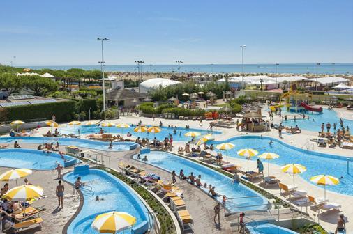 Villaggio Turistico Internazionale - Bibione - Pool