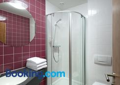 B&B Hotel Hannover-Garbsen - Garbsen - Bathroom