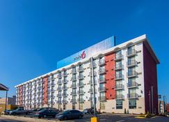 Motel 6 Atlanta Airport - Virginia Ave - Atlanta - Building