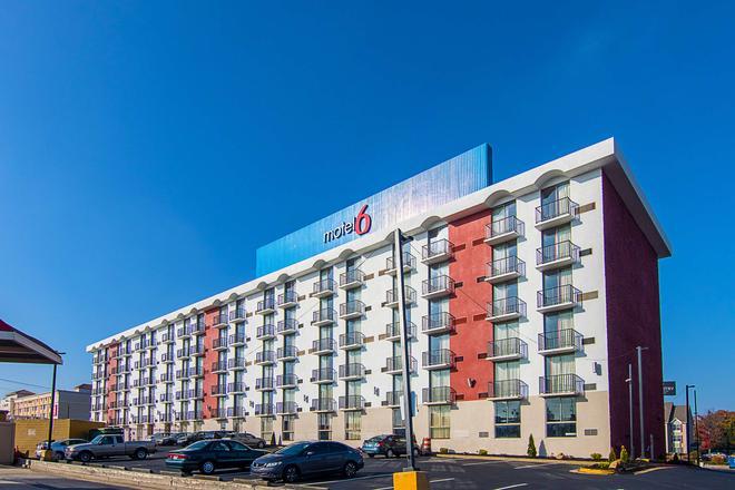 Motel 6 Atlanta Airport - Virginia Ave - Atlanta - Edificio