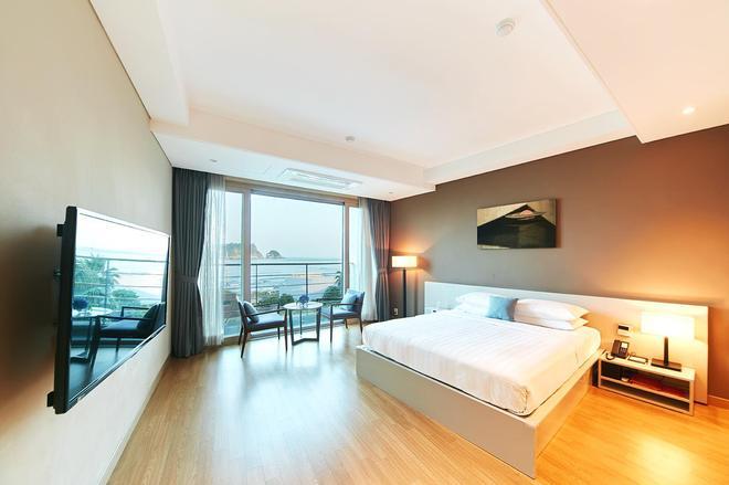 Hotel Sumorum - Seogwipo - Bedroom