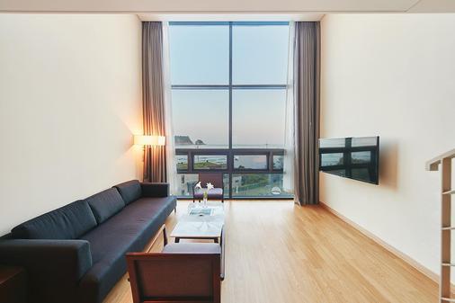 Hotel Sumorum - Seogwipo - Olohuone