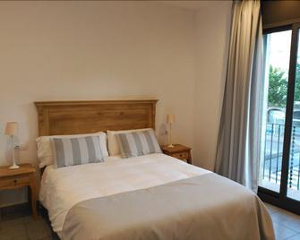Hostal Portofino - Arenys de Mar - Bedroom