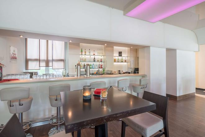 Best Western Plus Hotel Fellbach-Stuttgart - Fellbach - Bar