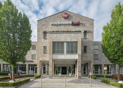 Best Western Plus Hotel Fellbach-Stuttgart - Fellbach - Building