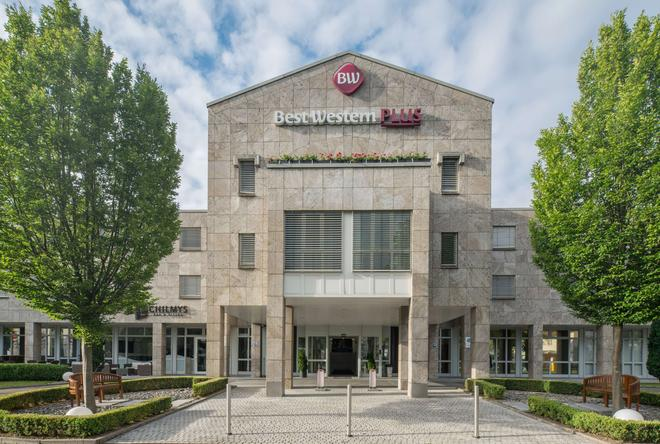 Best Western Plus Hotel Fellbach-Stuttgart - Fellbach - Building