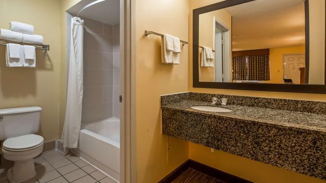 Best Western Round Rock - Round Rock - Bathroom