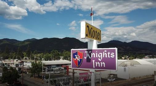 Knight's Inn Motel - Grants Pass