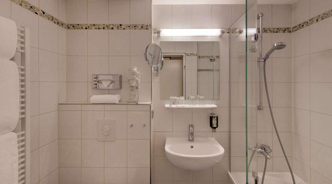 Best Western Hotel Darmstadt - Darmstadt - Bathroom