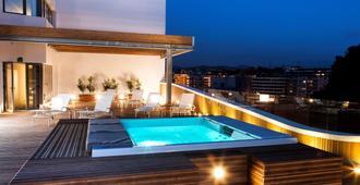 Hotel Zenit San Sebastián - סן סבסטיאן - בריכה