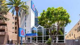 Motel 6 Hollywood - Los Angeles - Bâtiment