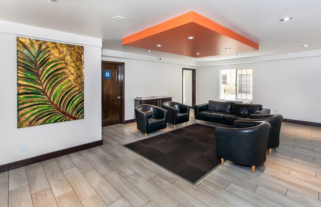 Motel 6 Los Angeles - Hollywood - Λος Άντζελες - Σαλόνι