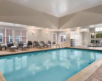 Residence Inn by Marriott Newport Middletown - Middletown - Pool