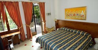 Arciduca Charming House - Arco - Bedroom