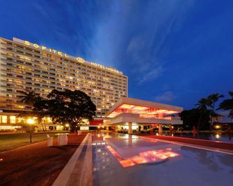 Sofitel Abidjan Hotel Ivoire - Abidjan - Gebouw