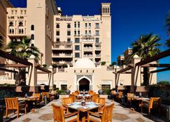 Sheraton Sharjah Beach Resort & Spa - Sharjah - Restaurant