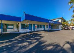 Marlin Motel - Biggera Waters - Building