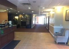 Ace Inn - Fort McMurray - Lobby