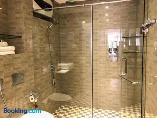 Sunny Serviced Apartment - Ho Chi Minh City - Bathroom