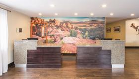 La Quinta Inn & Suites by Wyndham Moab - Moab - Vastaanotto