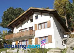 Chesa Albris Bed & Breakfast - St. Moritz - Bina