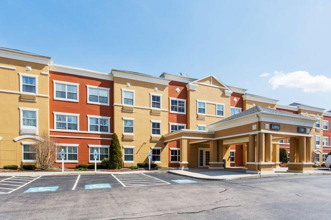 Extended Stay America - Boston - Westborough - East Main Street - Westborough - Building
