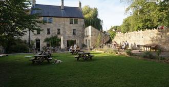 The Barge Inn - Bradford-on-Avon