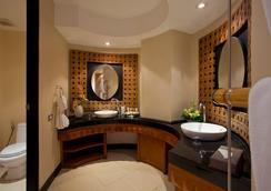 The Aspasia Phuket - Karon - Bathroom