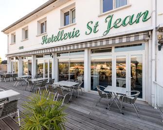 Hotellerie Saint Jean - Thouars - Patio
