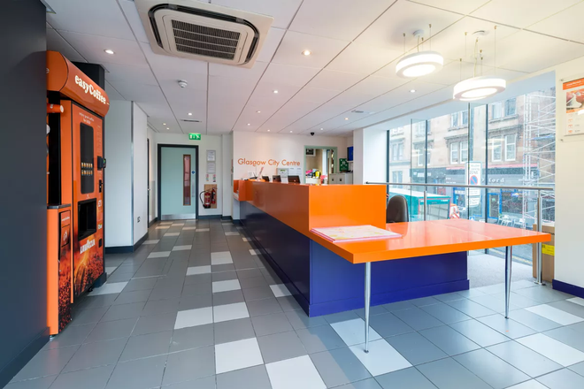 easyHotel Glasgow City - Glasgow - Front desk