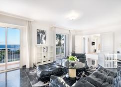 Villa Monaco - 5 Luxury Paradise , Heaven On Earth With Bentley Limo And Staff - Monaco - Living room