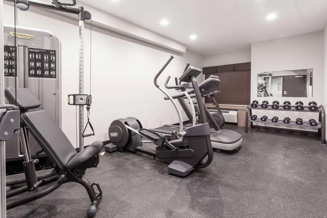 Microtel Inn & Suites by Wyndham Kirkland Lake - Kirkland Lake - Gym