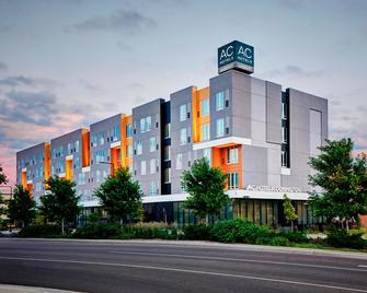 AC Hotel by Marriott Bloomington Mall of America - Bloomington - Building
