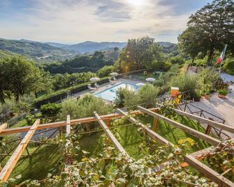 Agriturismo La Coccinella - Valfabbrica - Outdoors view