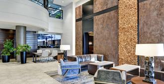 Embassy Suites by Hilton Minneapolis Airport - Bloomington - Lobby
