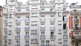 Hôtel Ambassadeur - Paris - Gebäude