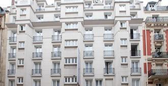 アンバサダー ホテル - パリ - 建物