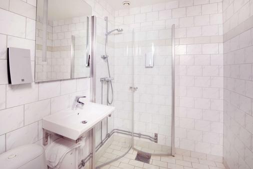 Clarion Collection Hotel Post - Oskarshamn - Bathroom