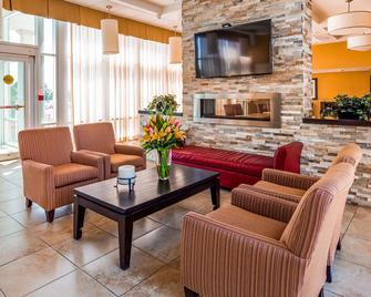 Best Western PLUS Bowmanville - Bowmanville - Lobby