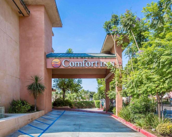 Comfort Inn - Monterey Park - Outdoors view