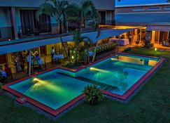 Urban by CityBlue Kampala - Kampala - Pool