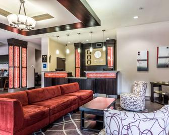 Comfort Inn and Suites Mansfield - Mansfield - Lobby