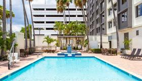 Holiday Inn Tampa Westshore - Airport Area - Tampa - Pool